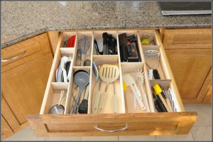 Tidy the Kitchen Drawer